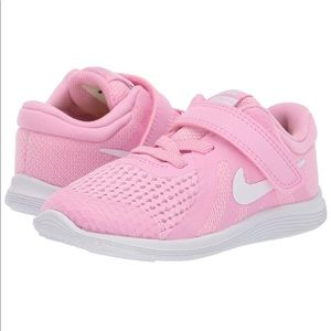 Nike Kids Revolution 4 Pink Sneaker